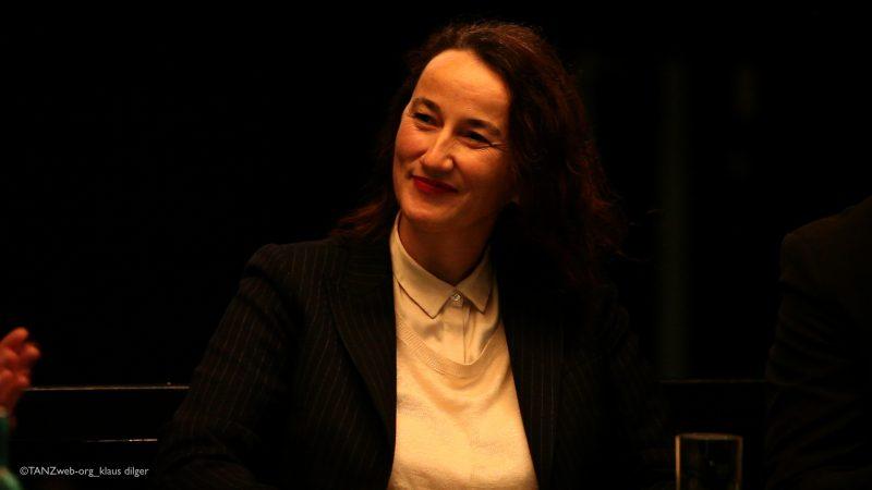 Adolphe Binder bei der Veranstaltung zu ihrer Benennung als künstlerische Leiterin und Intendantin ©TANZweb