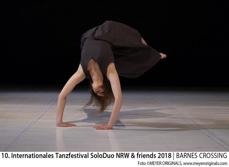 "10. Internationales Tanzfestival SoloDuo NRW + Friends 2018 Publikumspreis 19.5. Best Solo: ""Invisible Diva"" / Rosa Maria Marsia Rudat (ESP)"