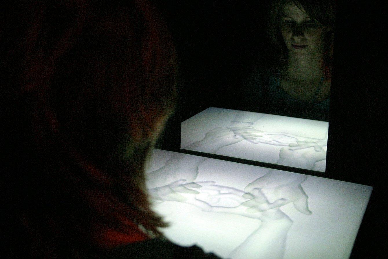 fieldworks: Portrait Werkschau - box-with-holes-heine-avdal