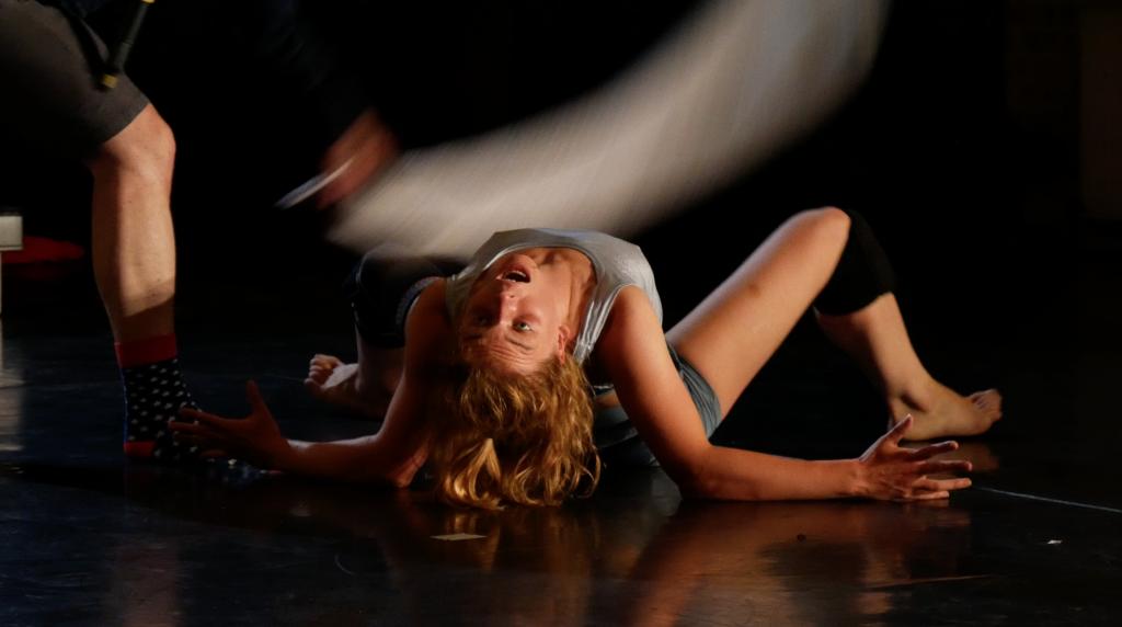 Politics of Dancing - bodytalk - Uraufführung Dock 11 Berlin - ©TANZweb-org