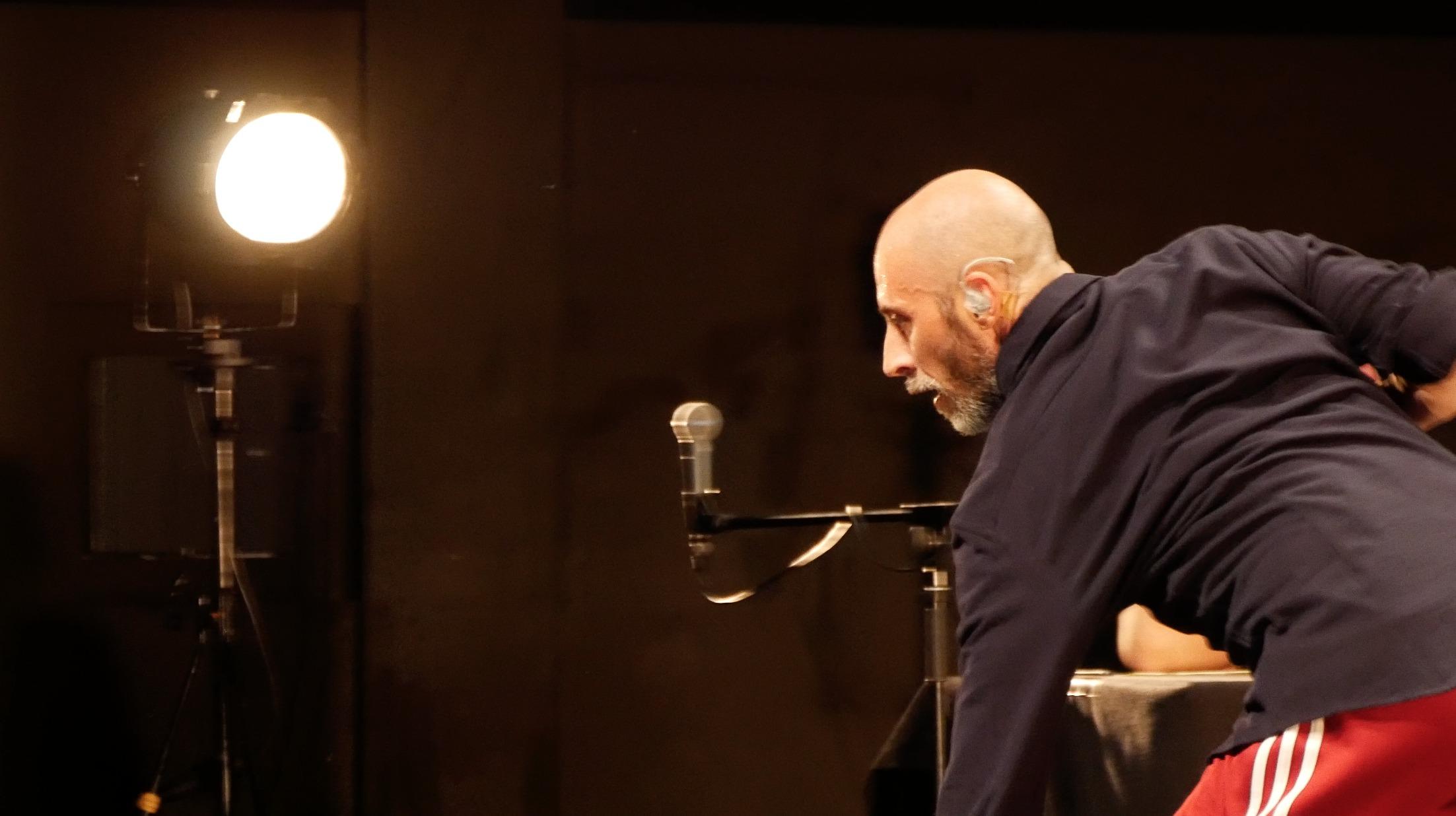Any Body Sounds_Emanuele Soavi INcompany_Move! Festival in Krefeld ©TANZweb.org Klaus Dilger