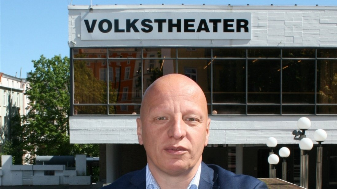 Latchinian Volkstheater Rostock @dpa