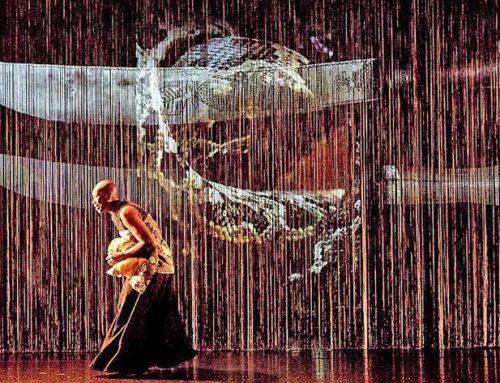 Le Sacre von Pina Bausch mit afrikanischen Tänzern