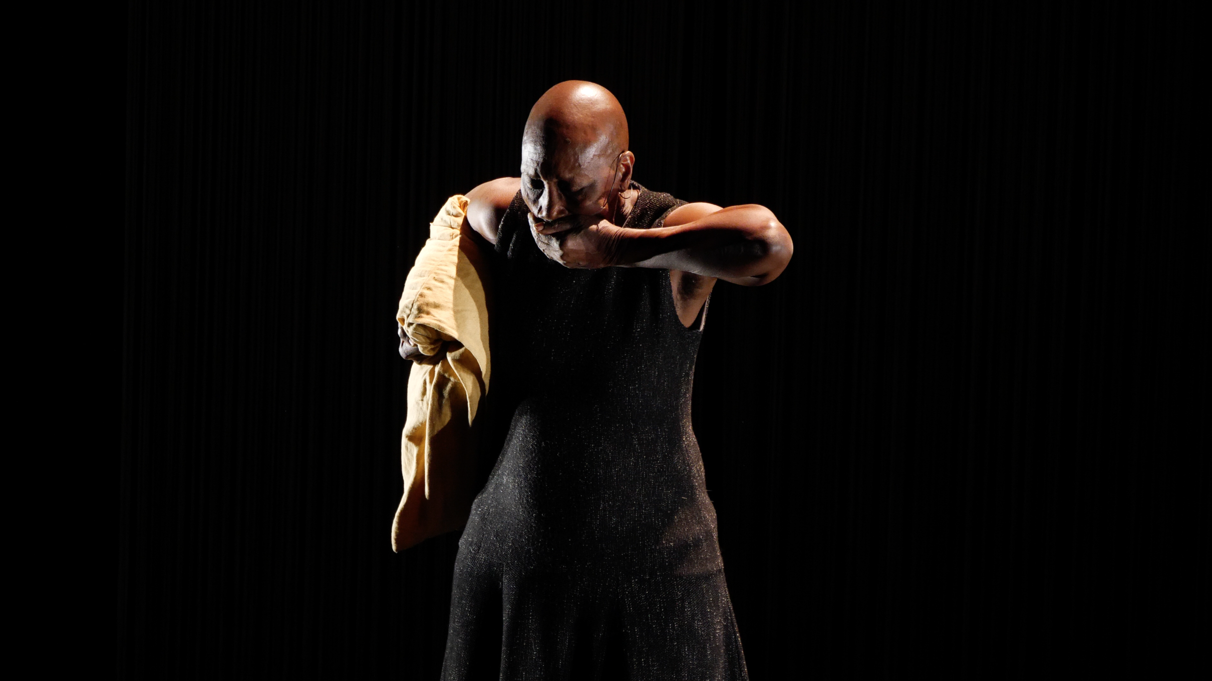 Germaine Acogny _ Somewhere at the beginning _©TANZweb_Klaus Dilger