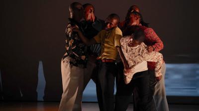 Via Kanana - Via Katlehong Dance Company - South Africa ©Klaus Dilger