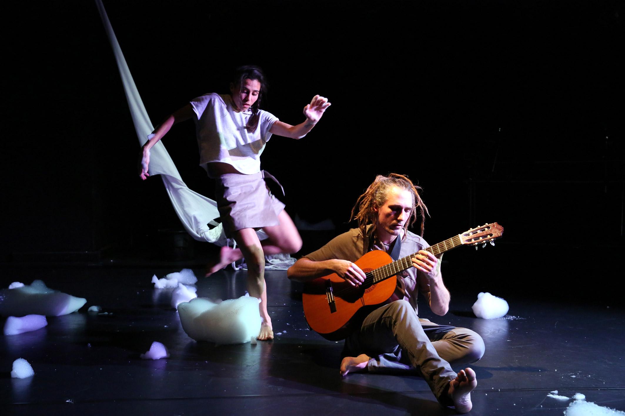 Tanz in Krefeld_Sabine_Seume_Ensemble_©Ursula Kaufmann